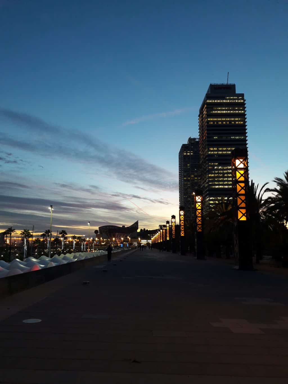 barcelone by night