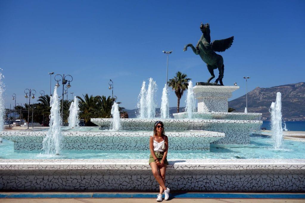 fontaine monumentale de Corinthe