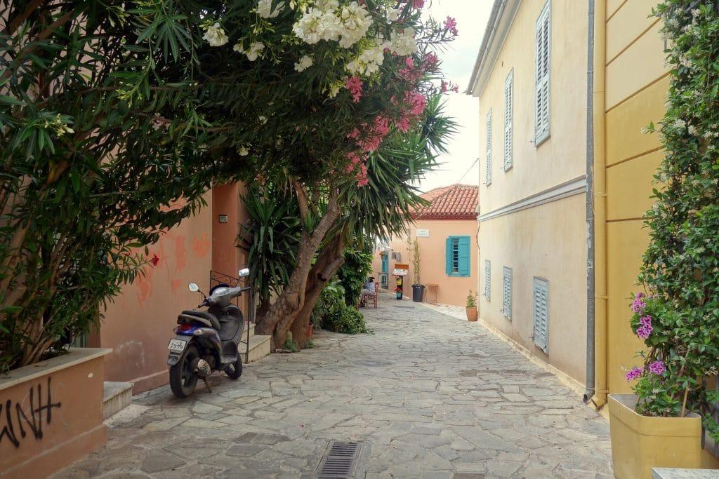 rue fleurie d'athénes