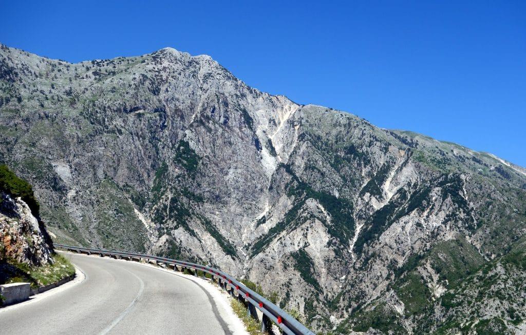 la route sh8 albanie