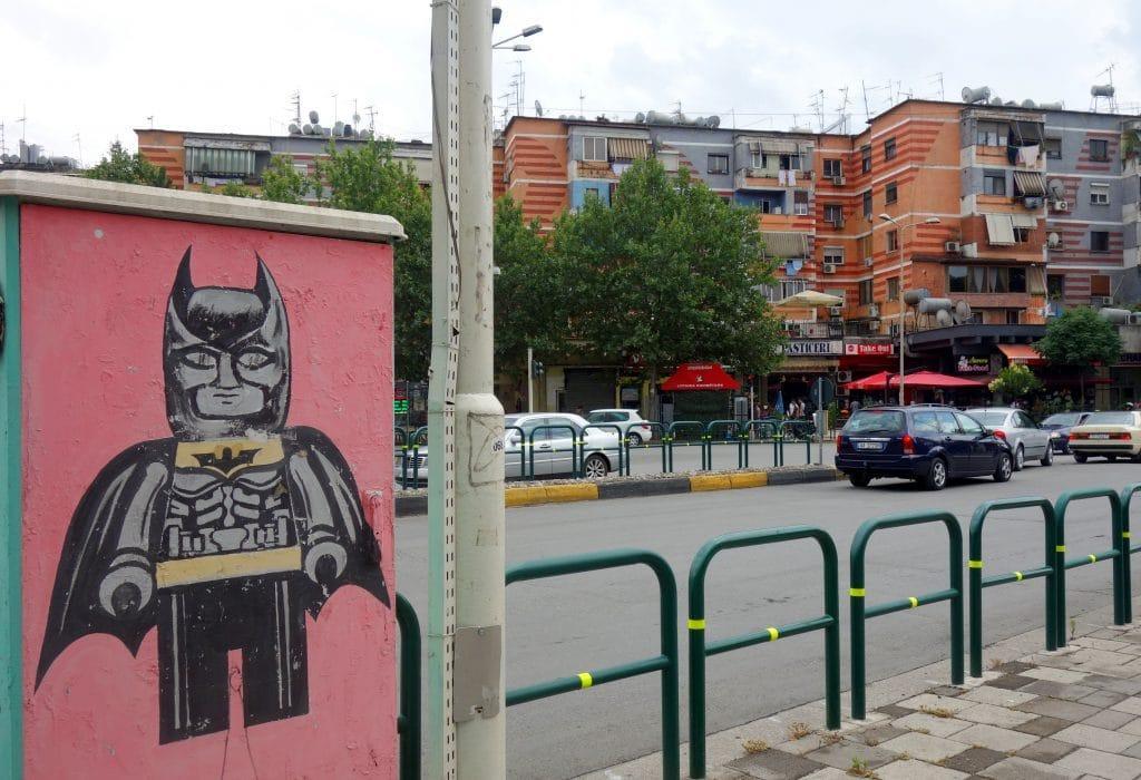 streetart batman tirana