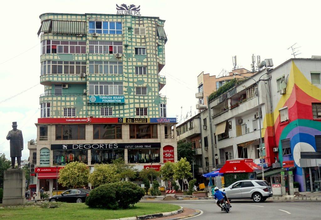 immeubles colorés du quartier du Blokus