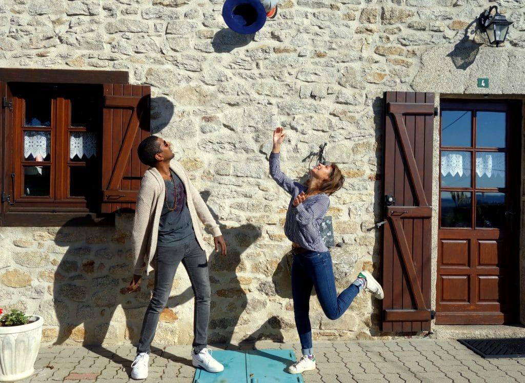 casquette et baskets de retour en Creuse
