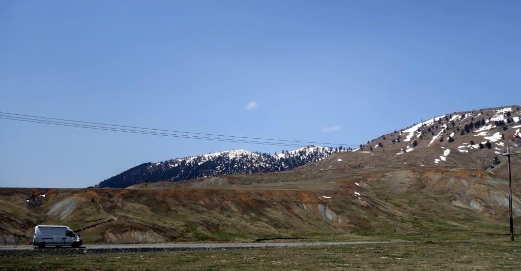 au milieu des montagnes grecques