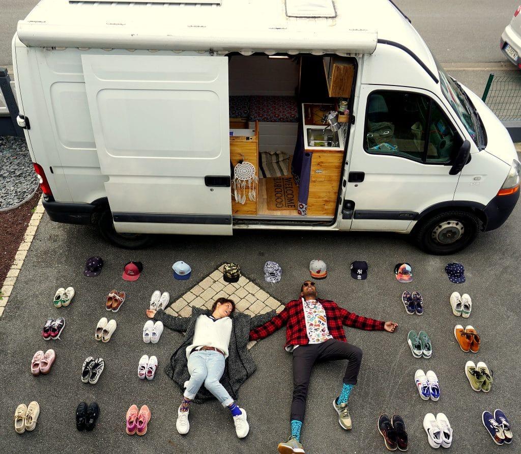 vanlife : casquettes et baskets