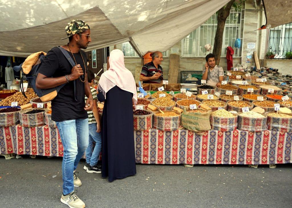 Le marché du quartier belat à Istanbul