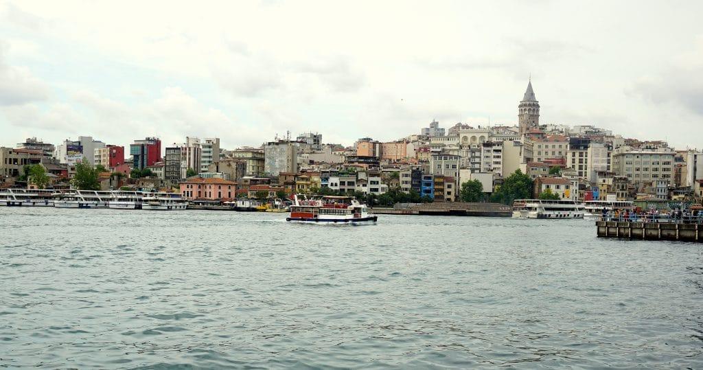 Le quartier Galata d'Istanbul depuis le pont Galata