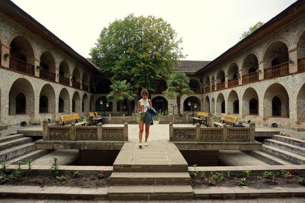 caravansérail de shaki en azerbaïdjan