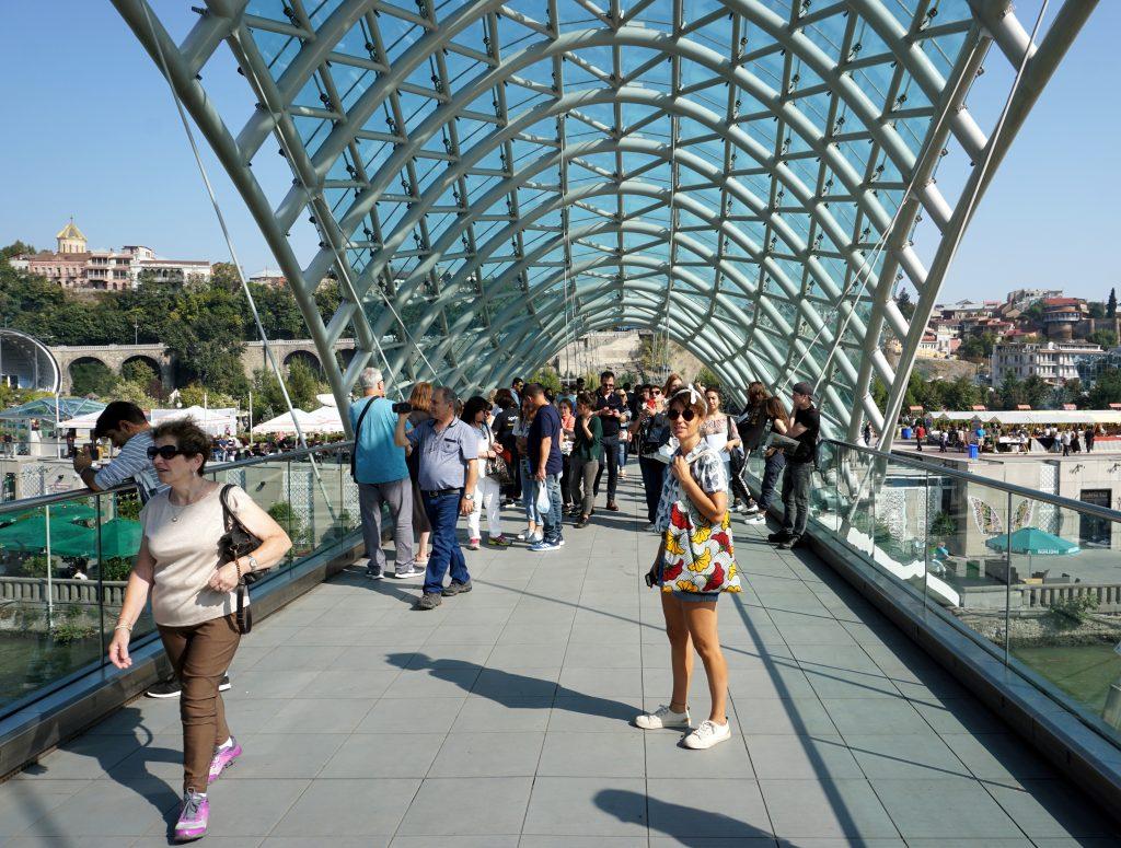 the peace bridge de Tblissi
