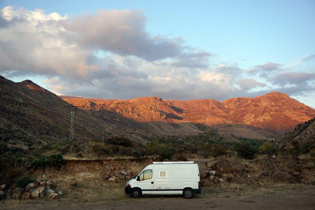 vanlife arménie vallée de yegheris