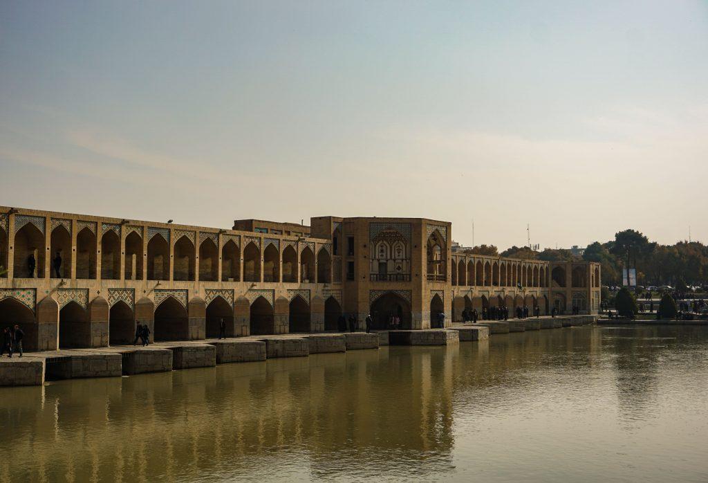 iran le pont khâdju d'ispahan