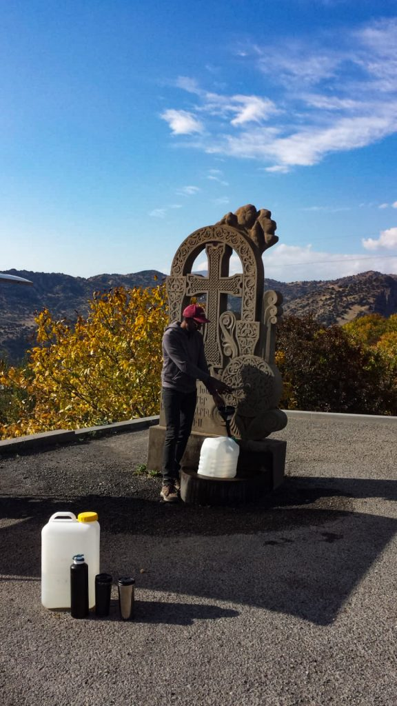 Vanlife : remplir ses réserves d'eau